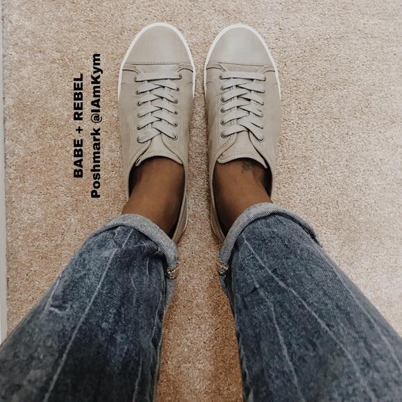 Frye Shoes - NWOT Frye (Last Sz 7 & 6) Low Lace Sneakers